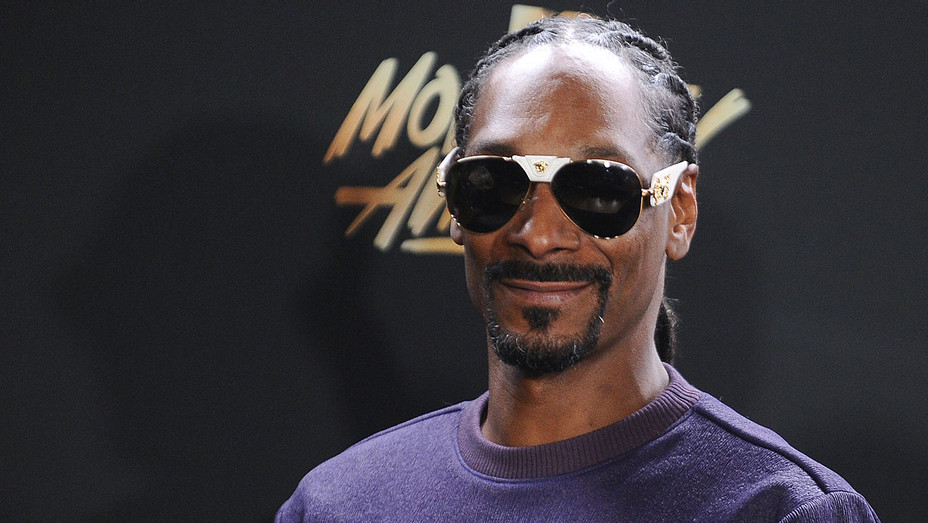 Snoop Dogg at MTV Movie and TV Awards - Getty - H 2017