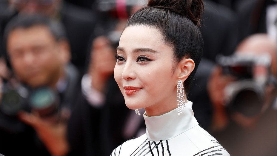 Fan Bingbing - Amant Double Red Carpet Cannes - Getty - H 2017