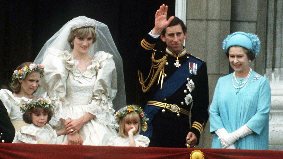 Queen Prince Charles Princess Diana - Getty - H 2017