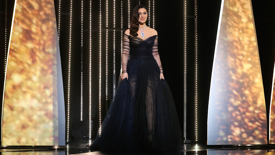 Monica Bellucci Cannes Opening Ceremony - H 2017