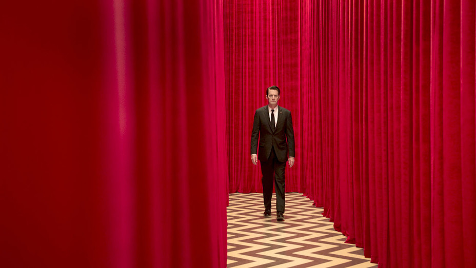 Twin Peaks - Kyle MacLachlan -SMALL  - Publicity -H 2017