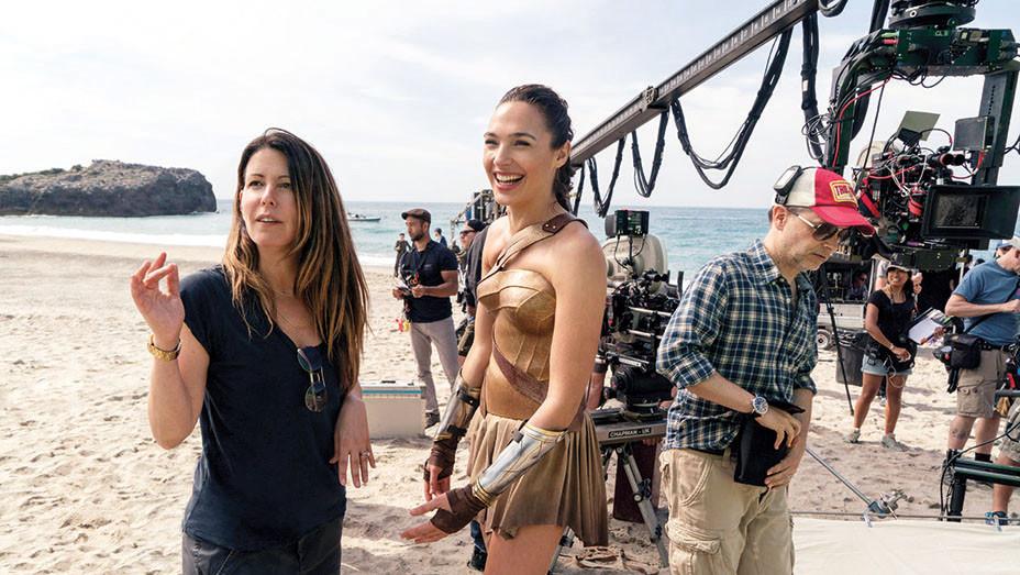 Wonder Woman - GAL GADOT -PATTY JENKINS- MATTHEW JENSEN- ON SET-Publicity-EMBED 2017