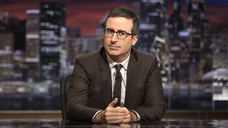 Last Week Tongiht with John Oliver - HBO-Publicity 2-H 2017