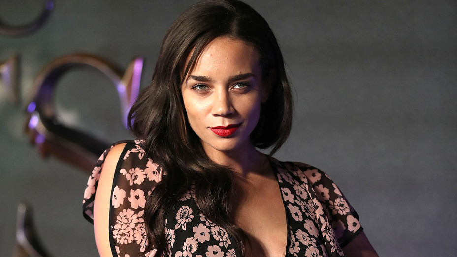 Hannah John-Kamen -Premiere of Fantastic Beasts And Where To Find Them- Getty-H 2017