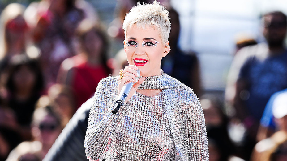 Katy Perry Witness Worldwide Youtube Performance - Getty - H 2017