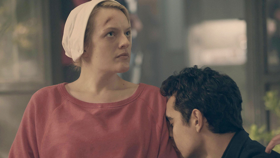 The Handmaid's Tale  - Night - Episode 110 -Elisabeth Moss and Max Minghella- H 2017