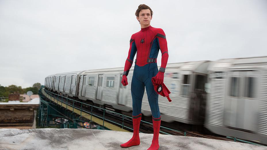 Spider-Man: Homecoming Still 1 - Publicity - H 2017