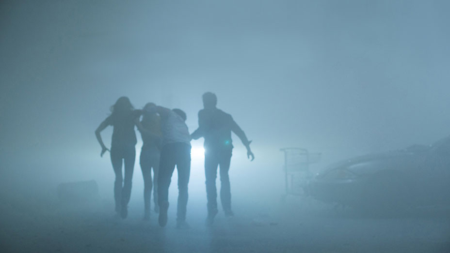 The Mist -silo of actors in mist-EMBED 2017