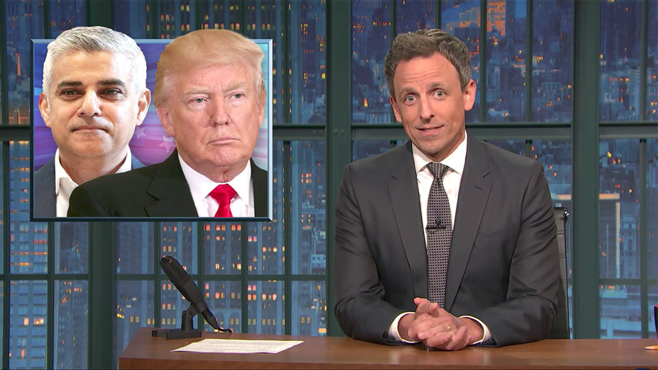 Late Night with Seth Meyers - Closer look Twitter-Screen shot- H 2017