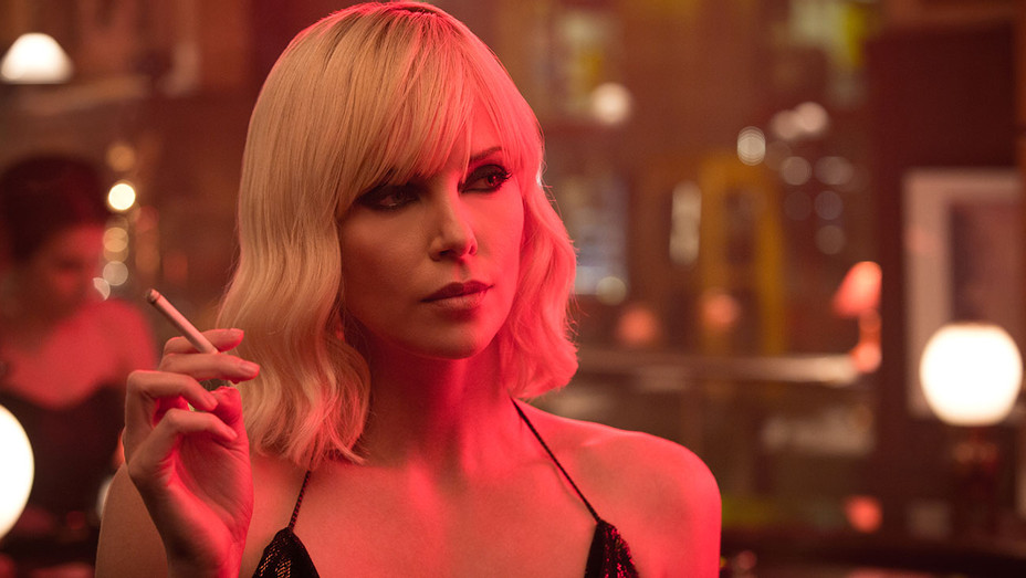 Atomic Blonde -Still 7 -CHARLIZE THERON - Publicity-H 2017