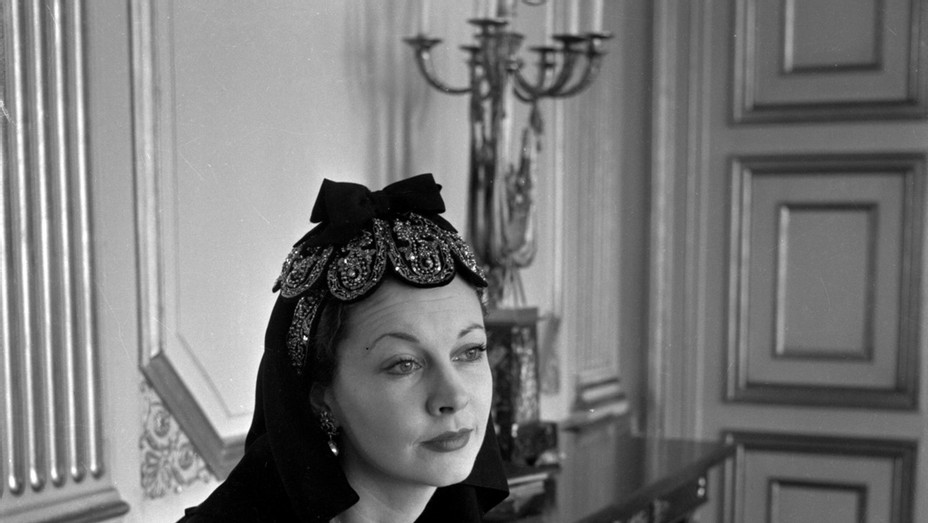 Cecil Beaton, Vivien Leigh at the British Embassy, Paris 1947 - Publicity - Square 2017