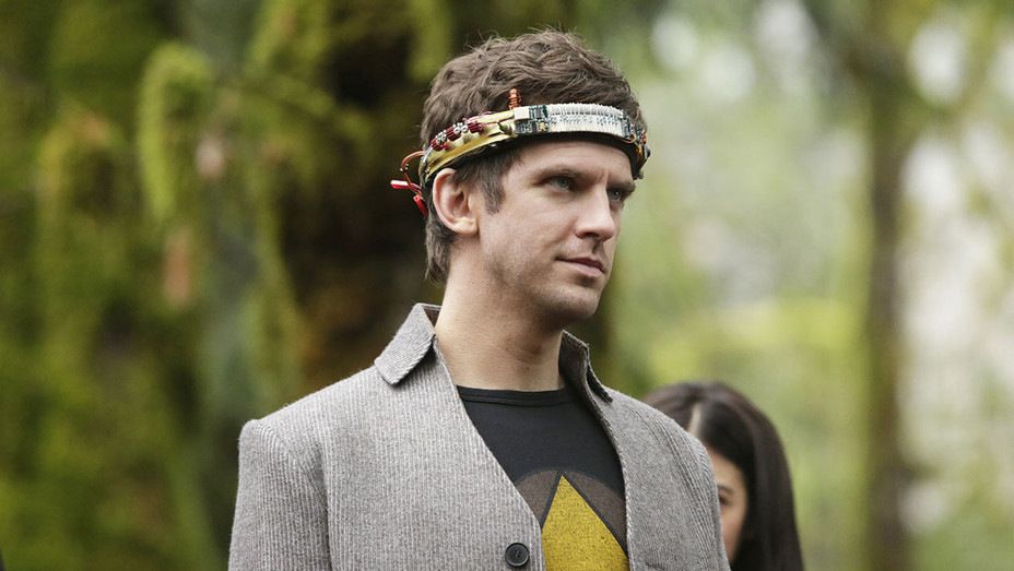 LEGION - Chapter 8 – Season 1 - Episode 8 - Dan Stevens-Publicity-H 2017