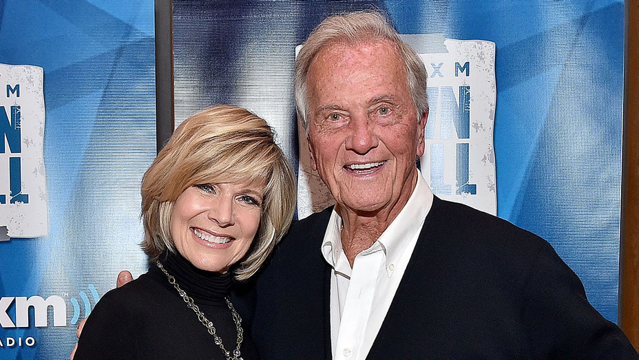 debby boone and pat boone - Getty - H 2017