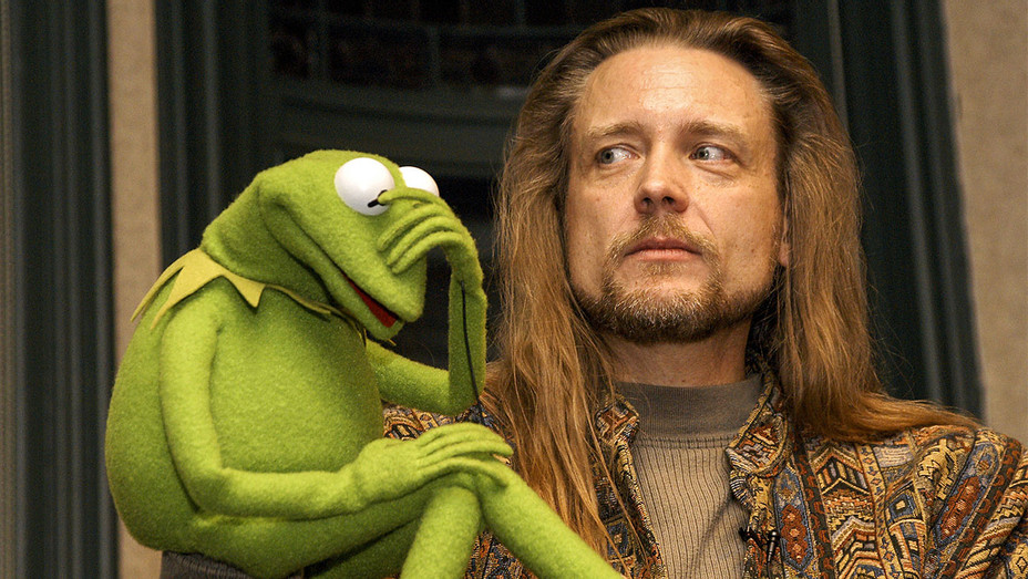 Steve Whitmire and Kermit the Frog 2003 - Getty - H 2017