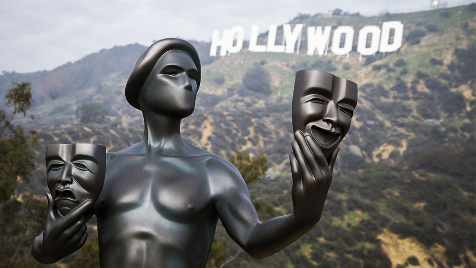 Hollywood Sign SAG Statue - Getty - H 2017