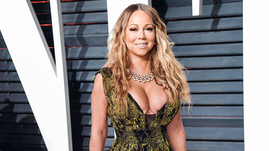 Mariah Carey - 2017 Vanity Fair Oscar Party - Getty - H 2017
