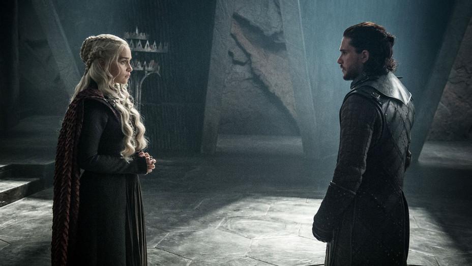 'Game of Thrones' S07E03 Daenerys Targaryen and Jon Snow - Still - H 2017