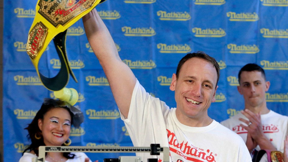 Joey Chestnut - H - 2017