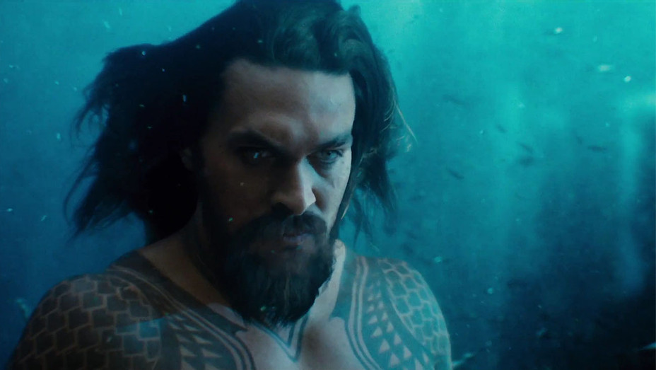Justice League Trailer Aquaman - Publicity - H 2017