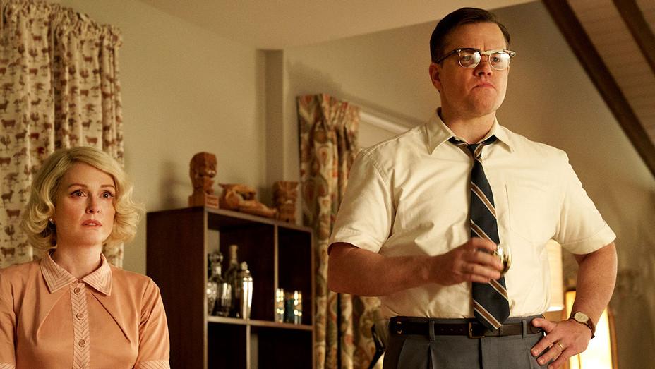 Suburbicon -Still 1- Julianne Moore and Matt Damon -Publicity- H 2017