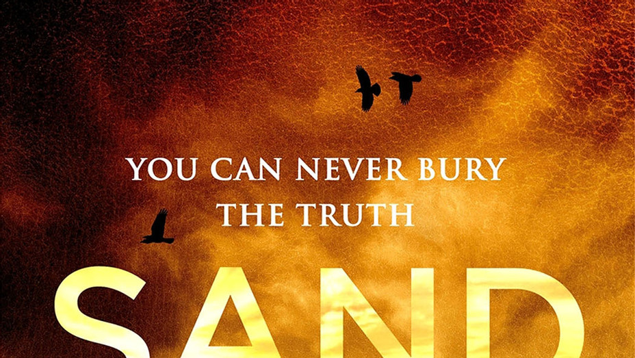 Hugh Howey - Sand -Book Cover-P 2017