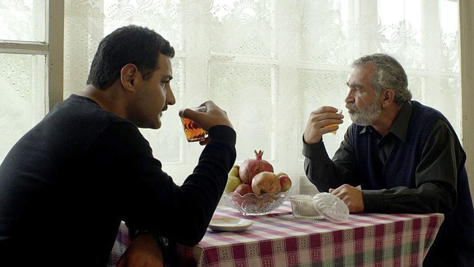 Azerbaijan Oscar Entry - Pomegranate Orchard - Nar bagi  -Still 1- Publicity-H 2017
