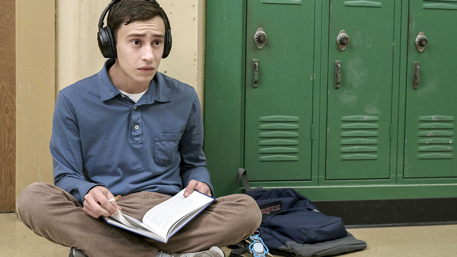 Atypical -Season 1- EPISODE 4- Keir Gilchrist -Publicity-H 2017