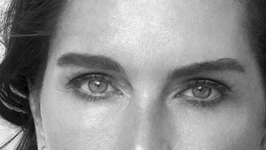 Brooke Shields - Headshot - Publicity - Gian Di Stefano -P 2017