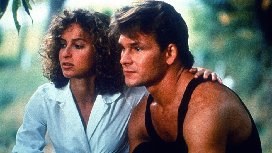 'Dirty Dancing' Celebrates 30th Anniversary | THR News