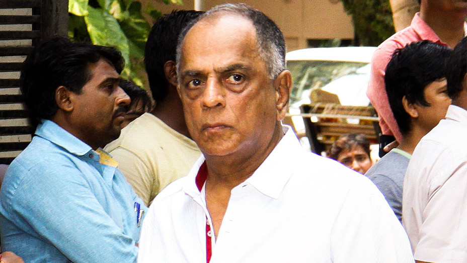 Pahlaj Nihalani - 2015 Aadesh Shrivastava Funeral Attendance - One Time Use Only - Getty - H 2017