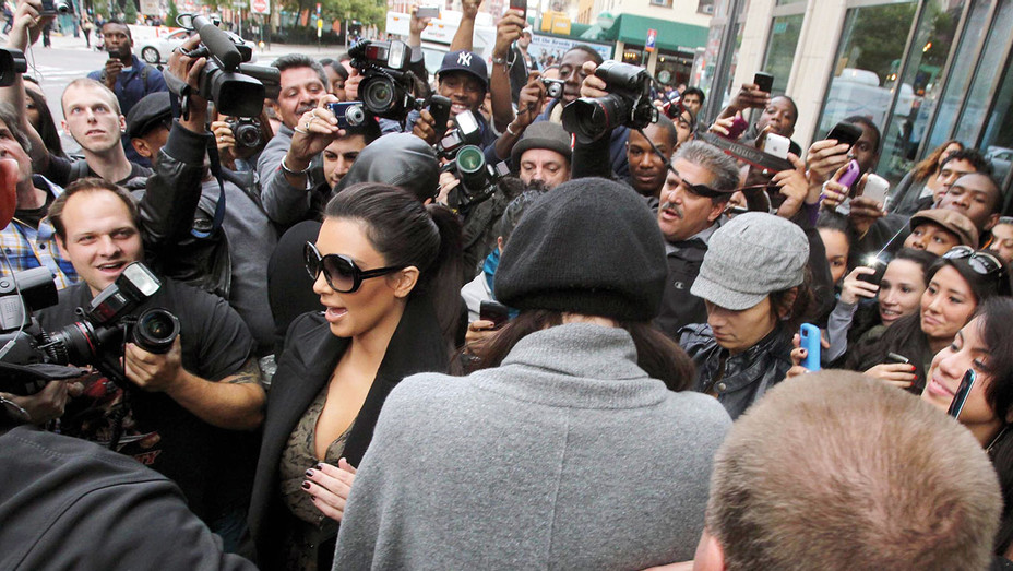 Kim Kardashian - Filming in New York October 6 2010 - One Time Use Only - Getty - H 2017