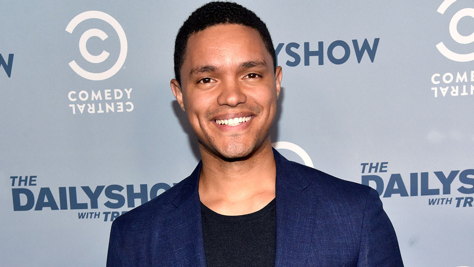 Trevor Noah attends The Daily Show FYC 2017 -Getty-H 2017