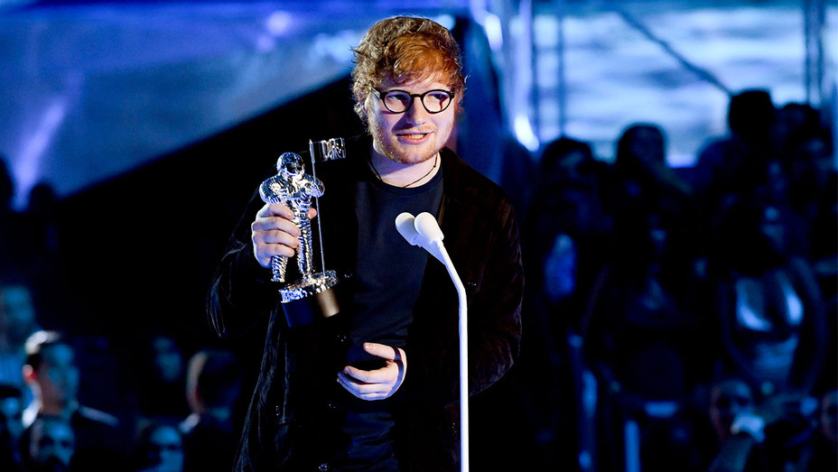 Ed Sheeran Award Acceptance - 2017 MTV Video Music Awards - Getty - H 2017