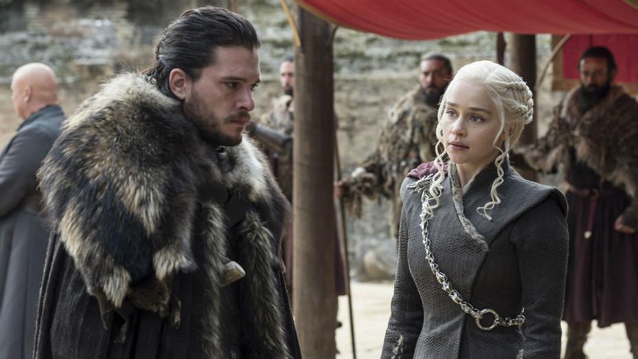 'Game of Thrones' S07E07 Jon Snow and Daenerys - Still - H 2017