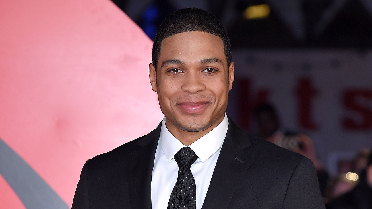 "Ray Fisher Accuses Warner Bros. Execs of ""Racist Conversations"" During 'Justice League' Edit"