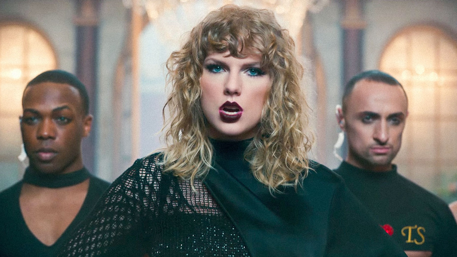 Taylor Swift Look What You Made Me Do Music Video 3 - Screenshot - H 2017