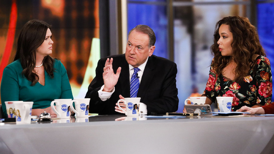 The View Still Sarah Huckabee Sanders, Mike Huckabee and Sunny Hostin - Publicity - H 2017