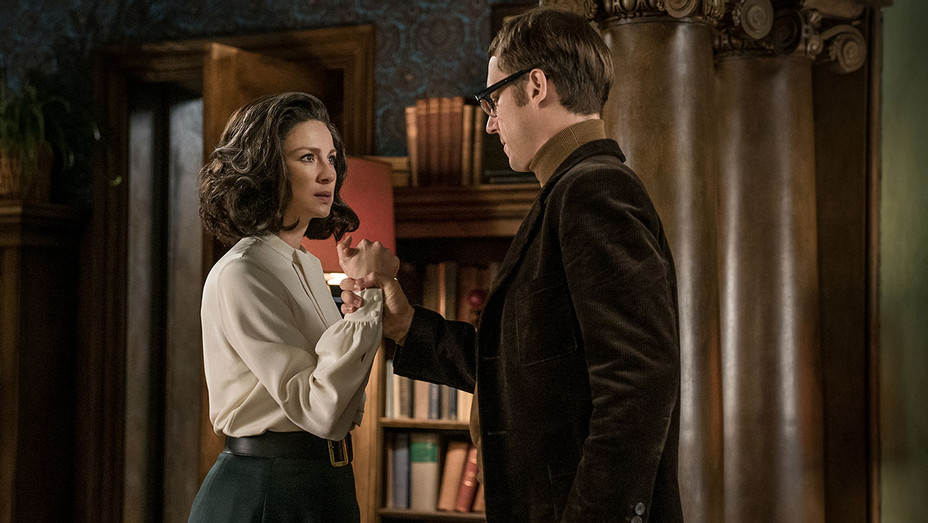 Outlander episodic -Caitriona Balfe -Tobias Menzies - Publicity-H 2017