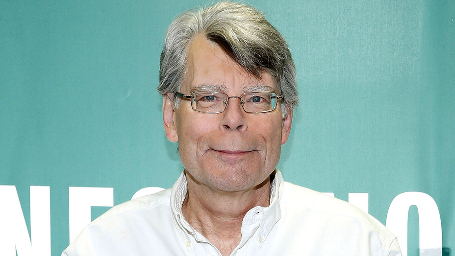 Stephen King -Signs Copies Of His Book Revival 2014- Getty-H 2017