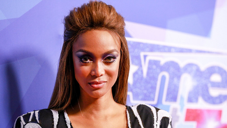Tyra Banks - America's Got Talent Season 12 Live Show - Getty - H 2017