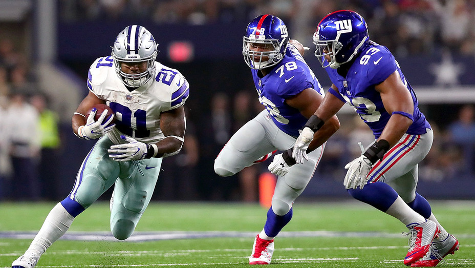 Dallas Cowboys carries the ball against the New York Giants - Getty-H 2017