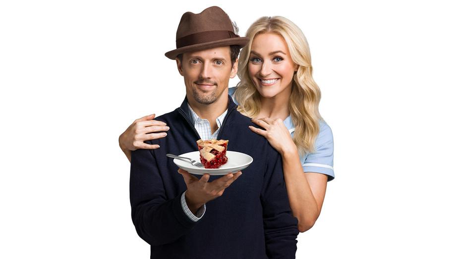 Jason Mraz and Betsy Wolfe in Waitress alt 2 - Publicity - H 2017