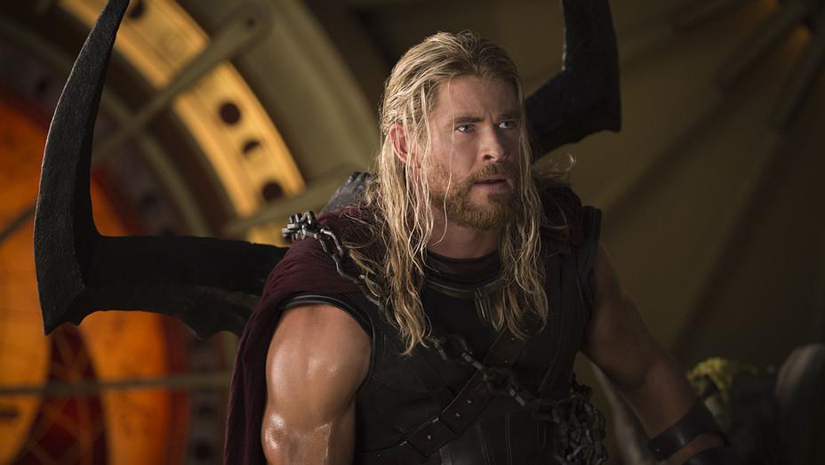 Thor: Ragnarok Still 3 - Publicity - H 2017