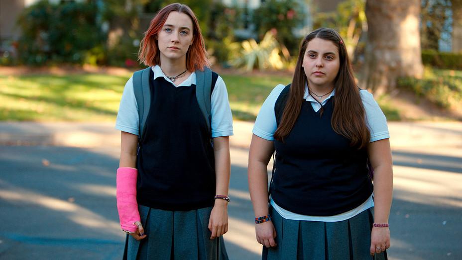 LADY BIRD - Still 2 - Saoirse Ronan and Beanie Feldstein -Publicity-H 2017