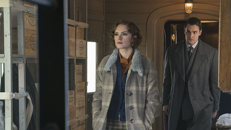 Murder on the Orient Express Still Daisy Ridley - Publicity - Embed 2017