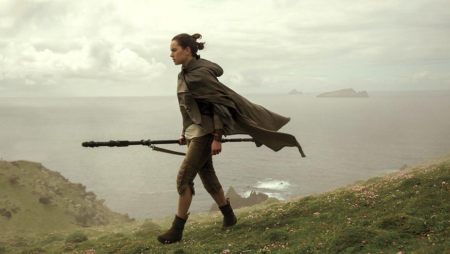 Star Wars The Last Jedi -Rey - Daisy Ridley - Publicity - H 2017
