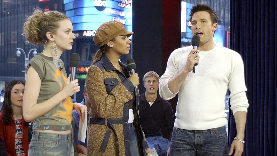 Ben Affleck-  VJ's Hilarie Burton and La La on MTV's TRL - Getty-H 2017