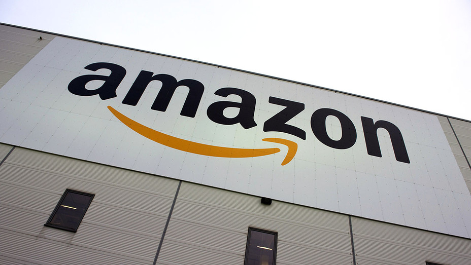 Amazon is displayed on the Brieselang logistics center - Getty -H 2017