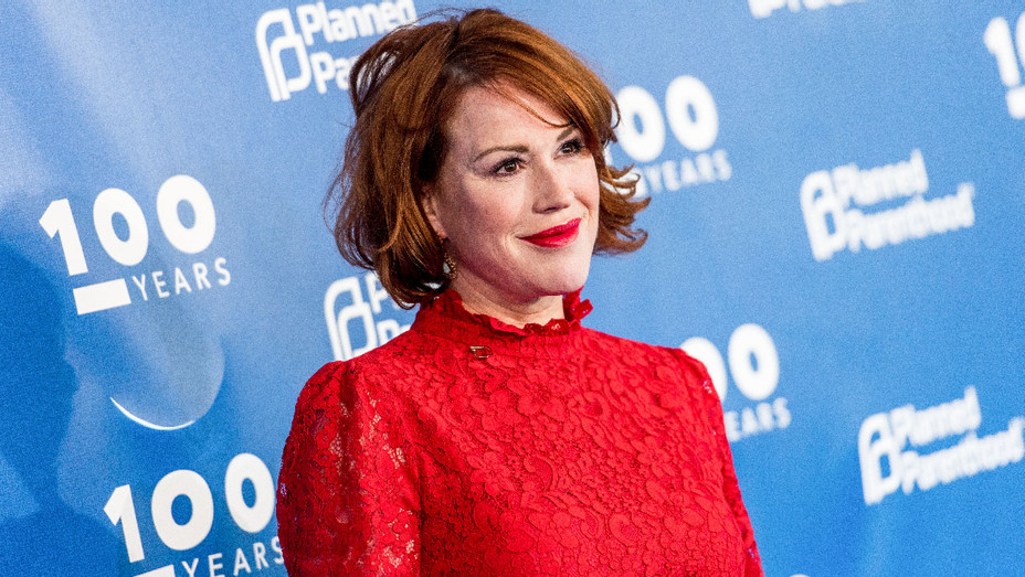 Molly Ringwald - Planned Parenthood 100th Anniversary Gala - Getty - H 2017