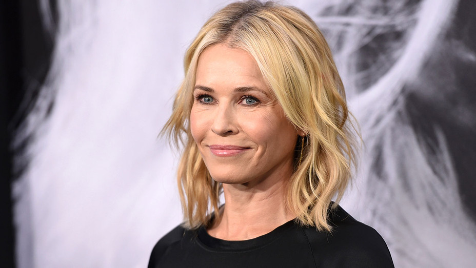 Chelsea Handler attends the premiere of Atomic Blonde - Gettty-H 2017